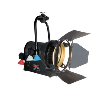 SquareLED Authentic 200W Fresnel P.O. 3200k
