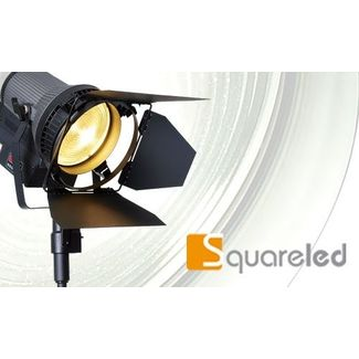 SquareLED Authentic 200W Fresnel MAN. 3200k